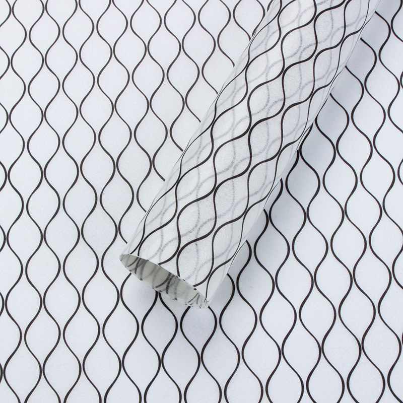 Ламинированный фетр 60сm*5m. геометрия черный на белом 171