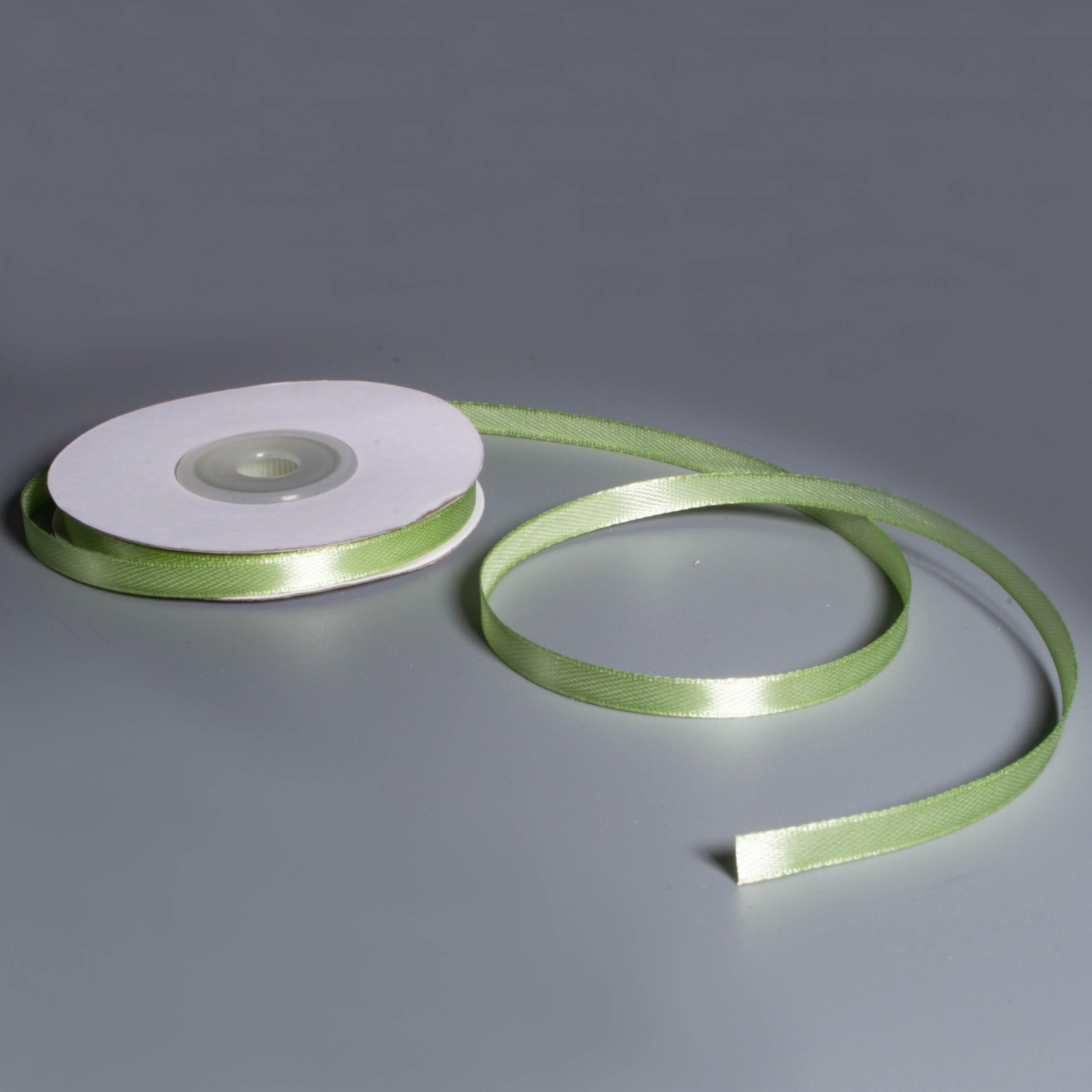 Лента атласная 0.6см*22.85м 111 Бледно - зеленая