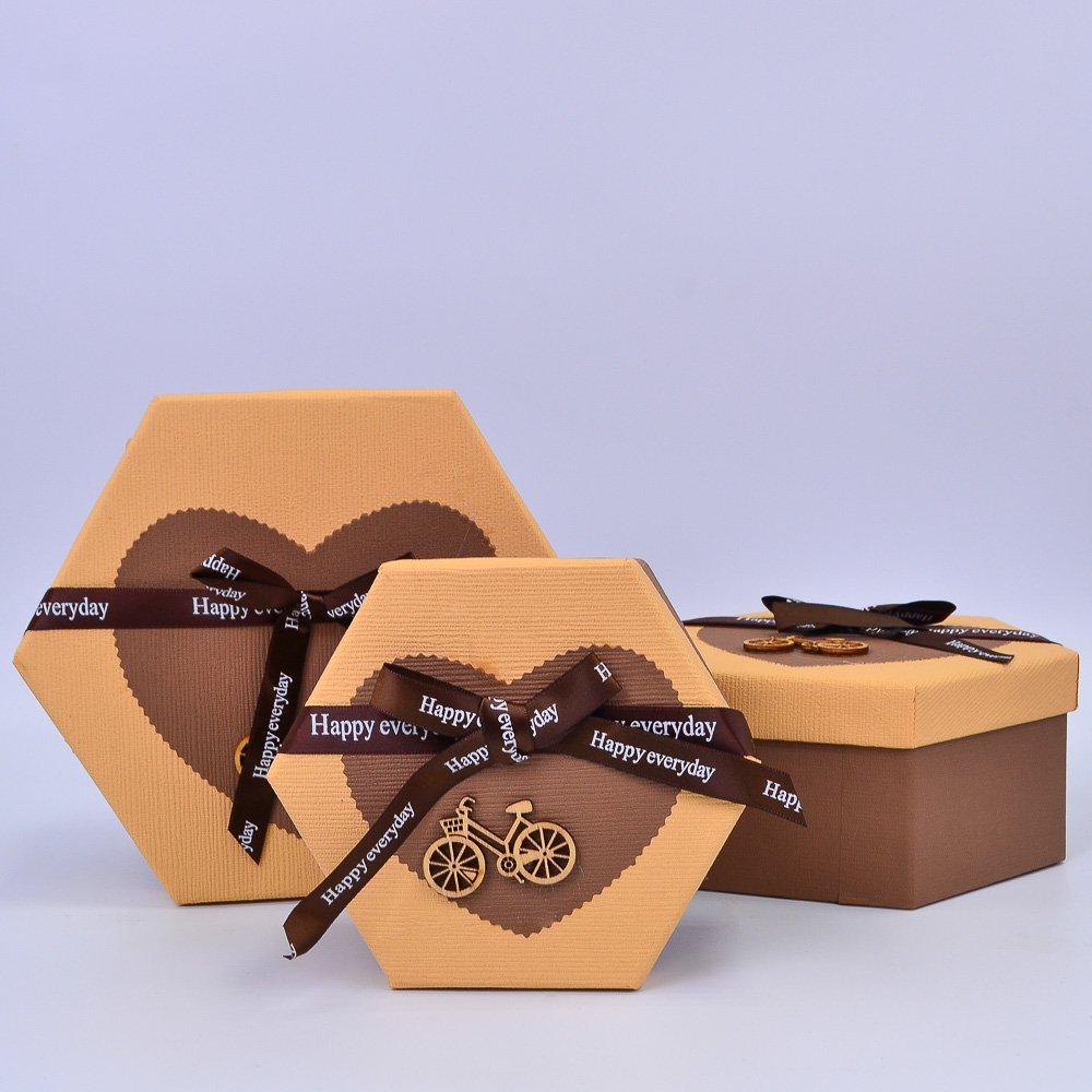 Набор коробок Шестигранник Карамель/Шоколад 3шт 22*19*10; 19*16.5*8.5; 16*14*7 см ТМ36